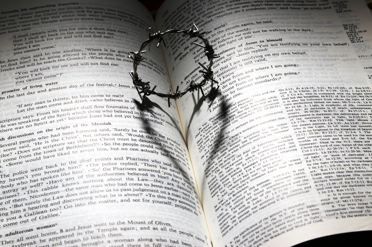 Crown of Thorns Love of Christ