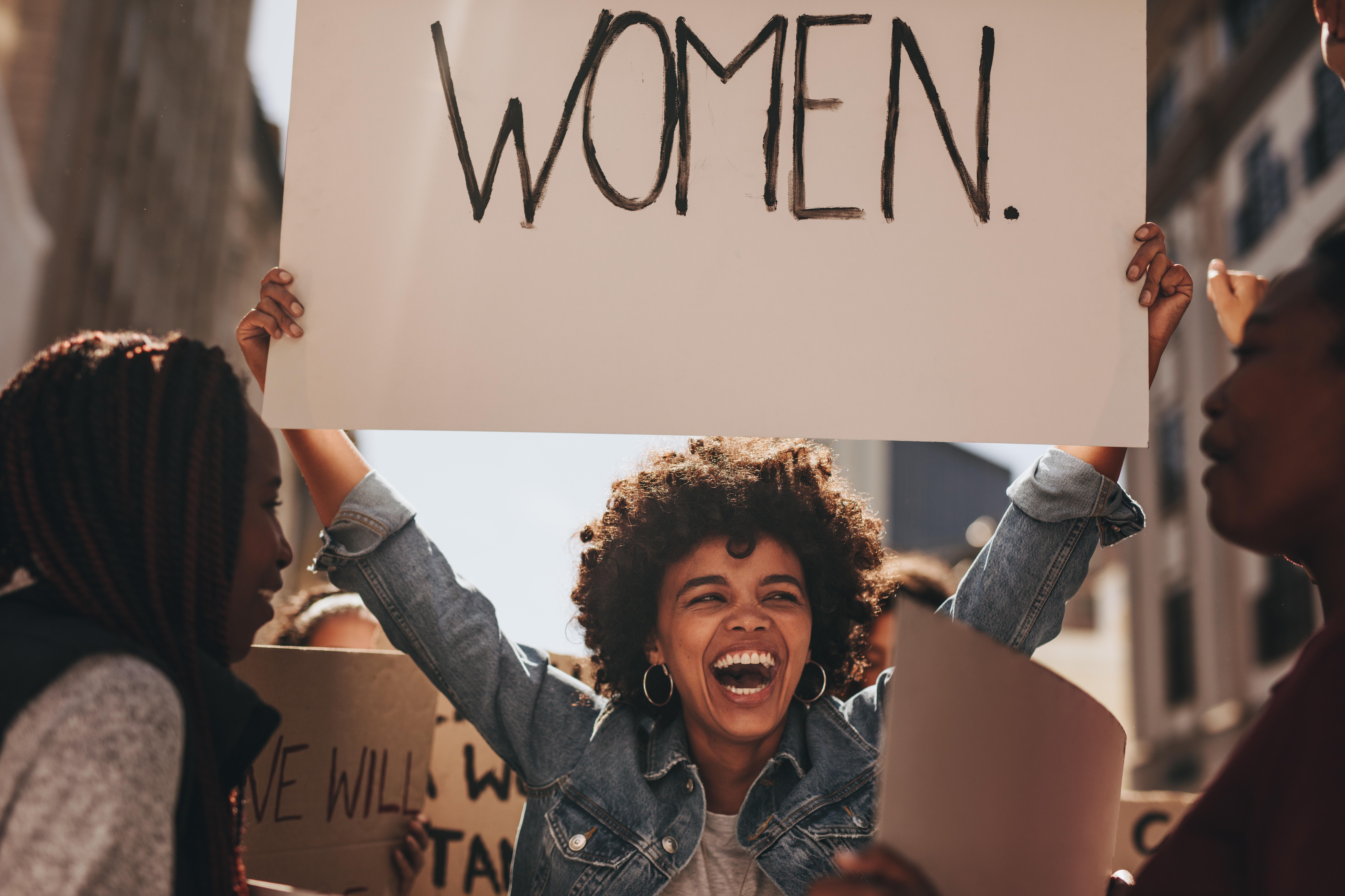 feminist women protesting